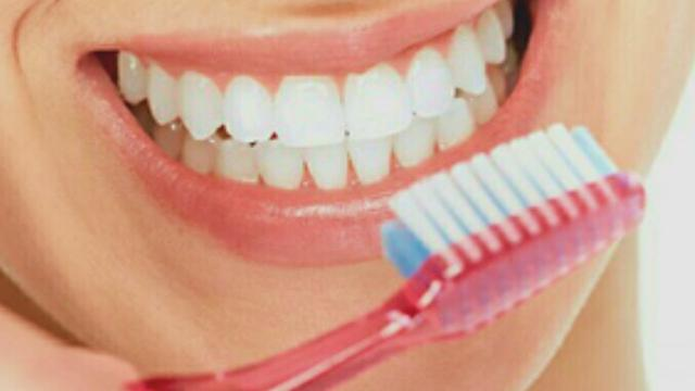 Tips Hilangkan Bau Mulut Setelah Makan Jengkol dan Pete